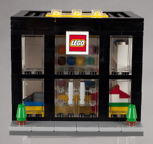 3300003 LEGO Brand Retail Store - Front | by fbtb