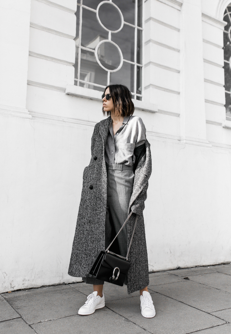 all grey texture outfit inspo RAEY MatchesFashion.com coat sneakers street style modern legacy fashion blogger monochrome minimal (5 of 13)
