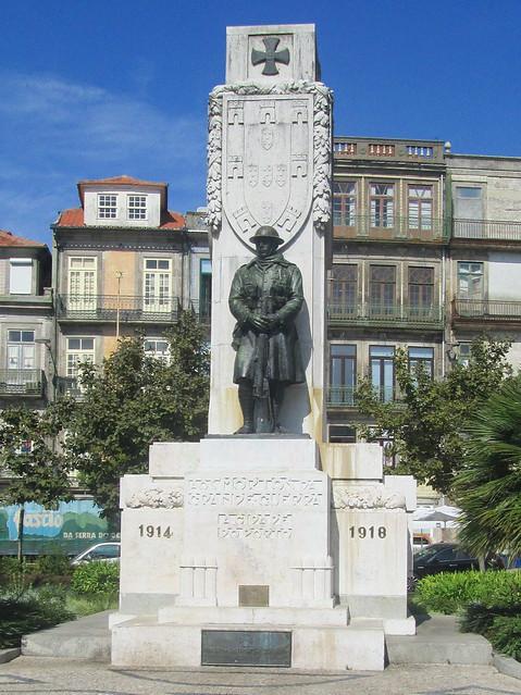 Porto War Memorial Close