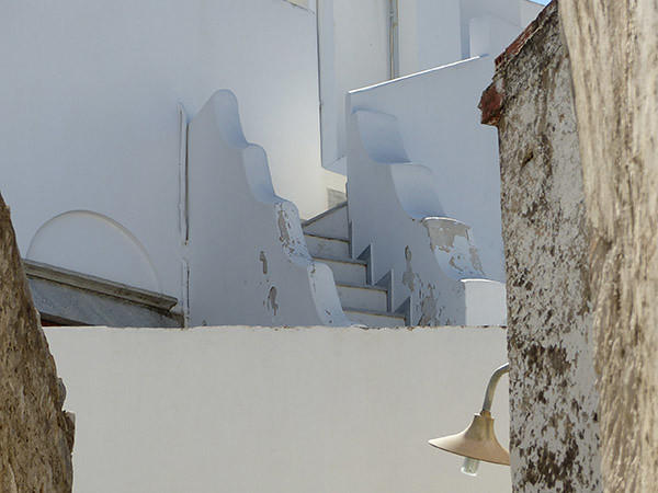 escaliers blancs à Filoti