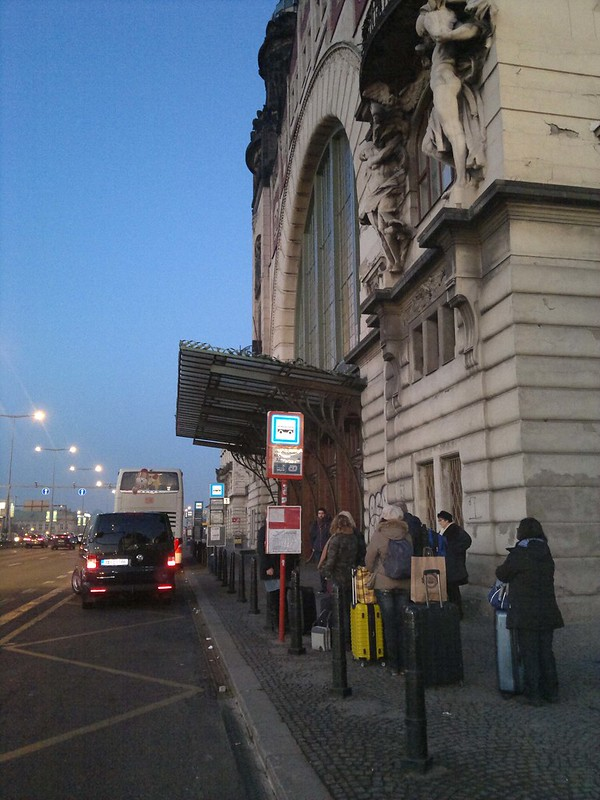 Hlavní Nádrazí - Estação Ferroviária Central