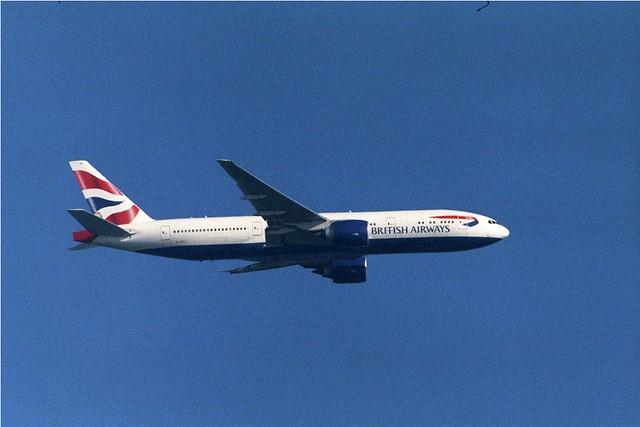 Zuiko OM 1000mm f/11 British Airways 777