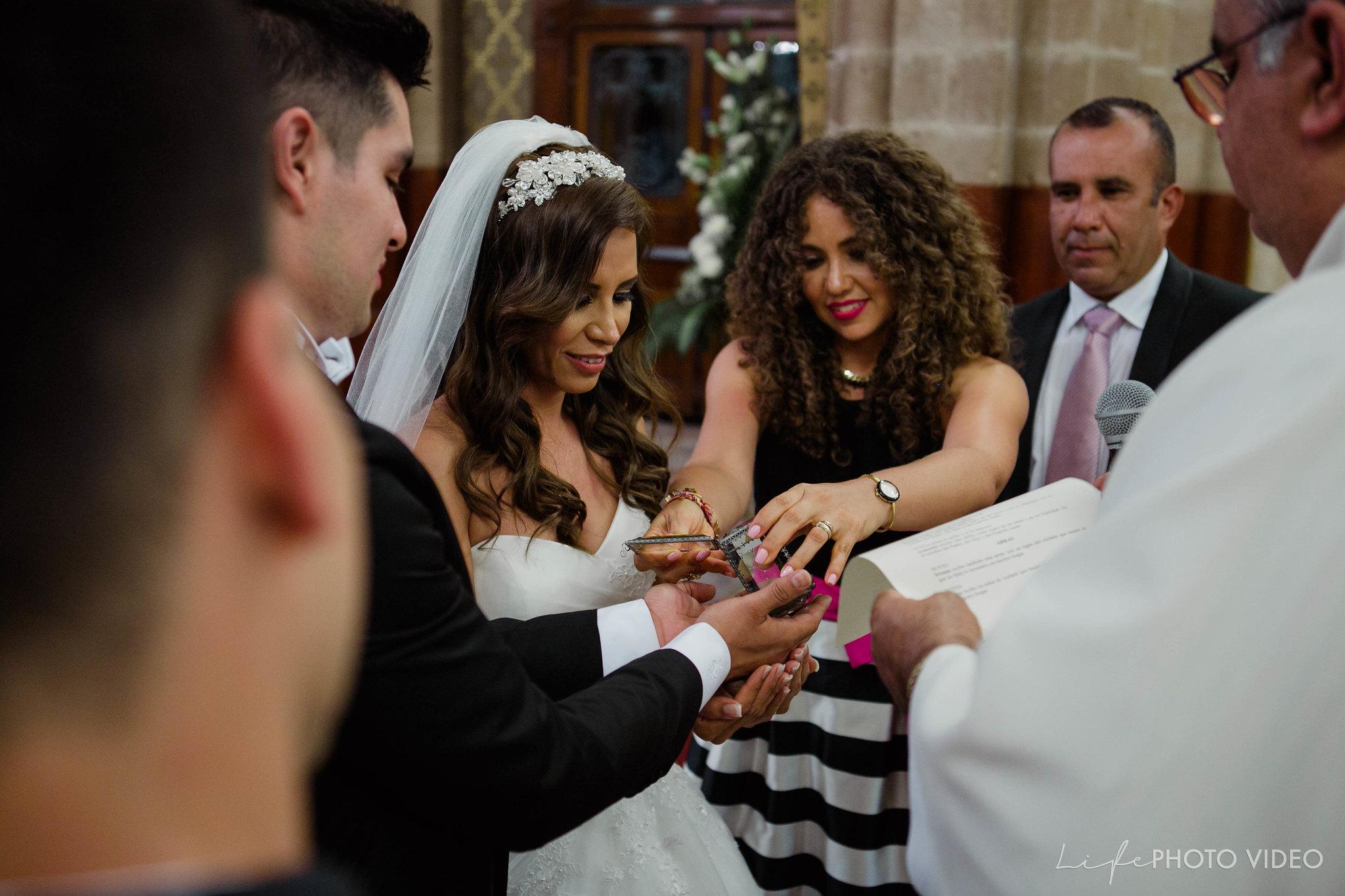 Boda_LeonGto_Wedding_LifePhotoVideo_0041.jpg