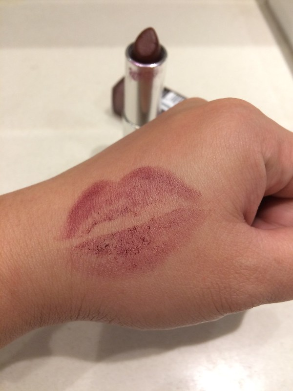 Maybelline Burgundy Blush Matte Review