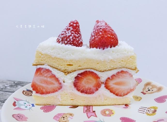6 士林宣原烘焙蛋糕專賣店-雙層草莓蛋糕一開訂即秒殺爆單的超人氣限定美食!