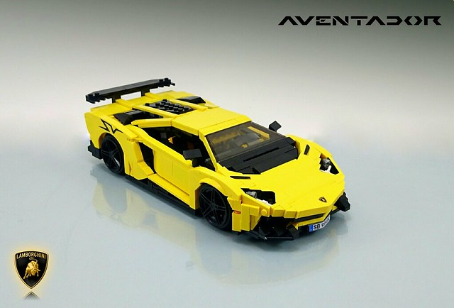 Lego Lamborghini Aventador Superveloce In 1 16 Scale The Brothers Brick The Brothers Brick