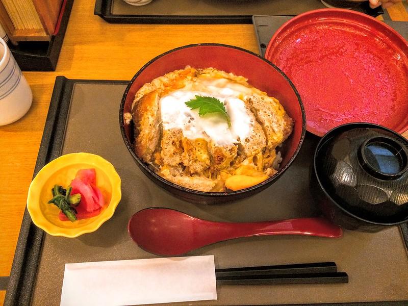 成田機場午餐