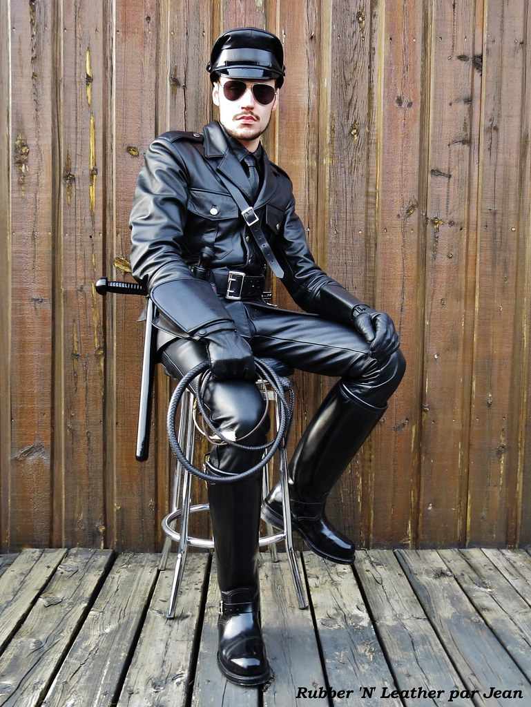Asian Gay Leather Master 70