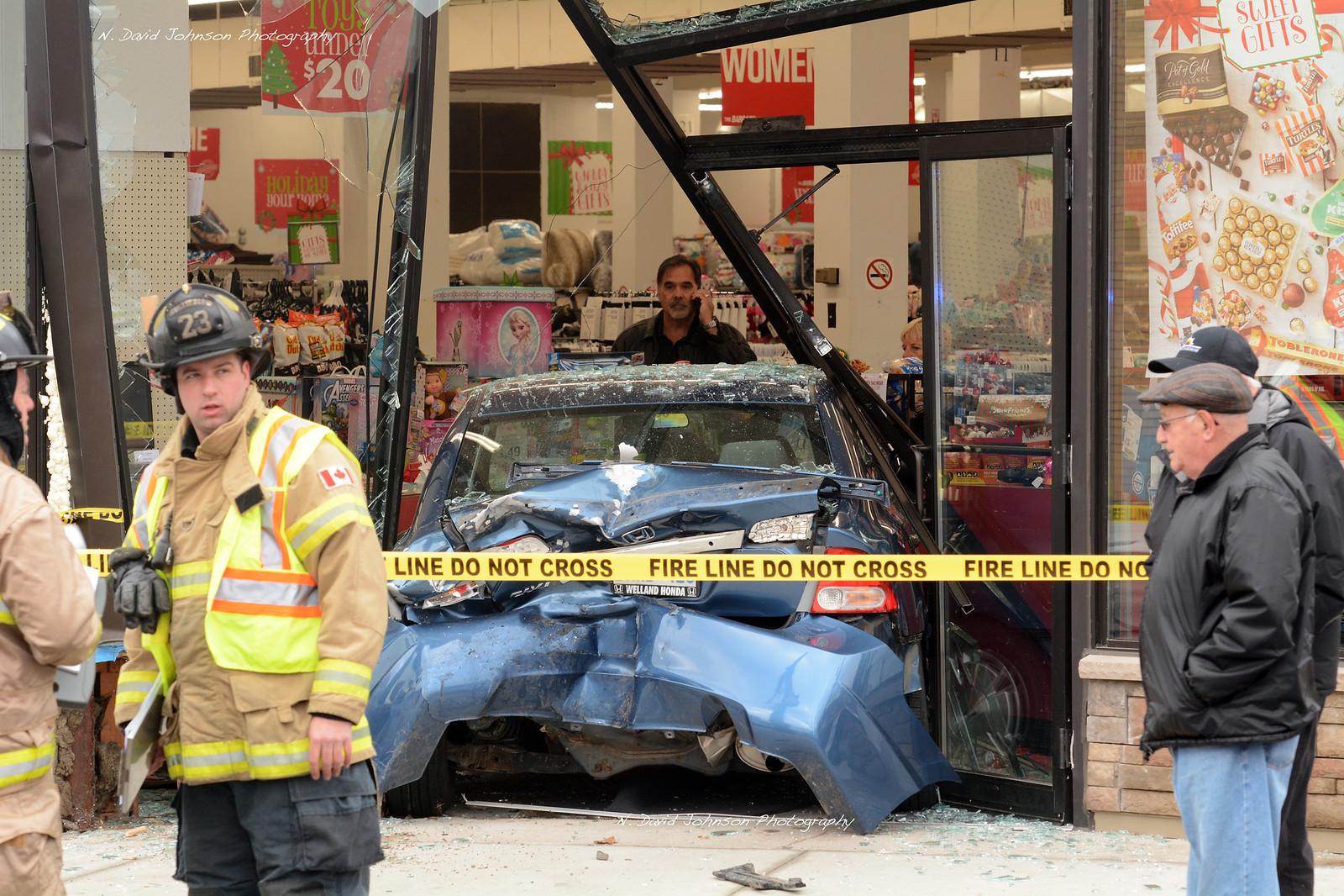 Downtown car crash - Port Colborne