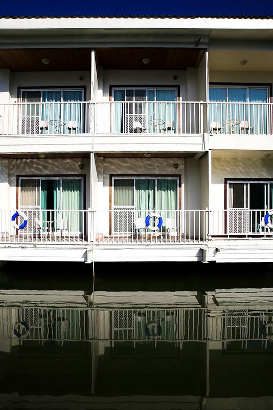 水上飯店。