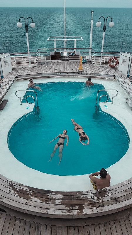 star cruises gemini pool 2 (1 of 1)