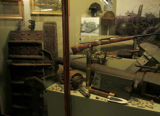 Hooge Crater Museum 5