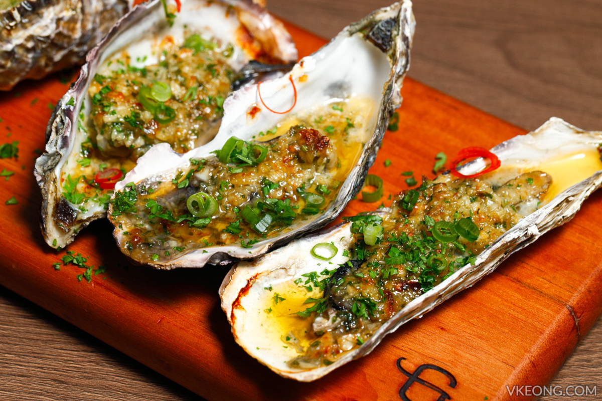 Gold Bar Grilled Garlic Oyster