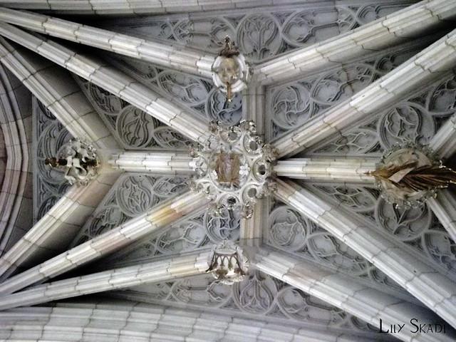 Carrer del Bisbe (Barcelona) 5