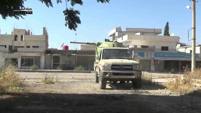 BMP1-turret-truck-FSA-deraa-c2014-ytb-1