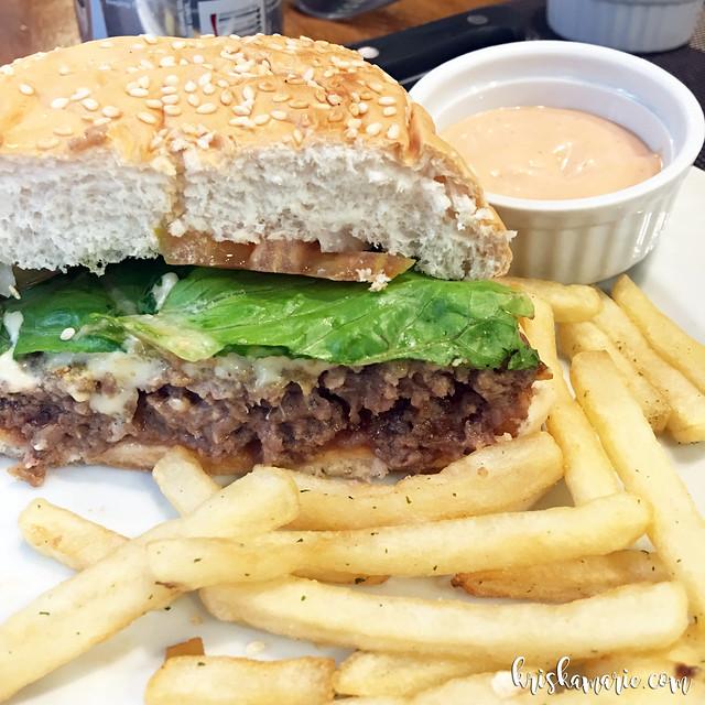 Angus Beef Burger at Beeffalo
