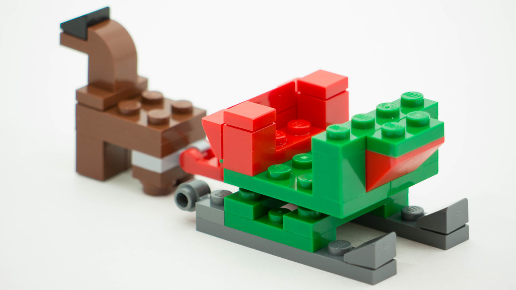 Christmas Build Up 2016 Day 6 MOC Rear