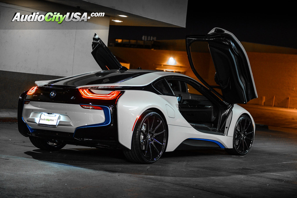 C6staticflickr 6 5503 31f093b13 B2016 BMW I8 On 22quot