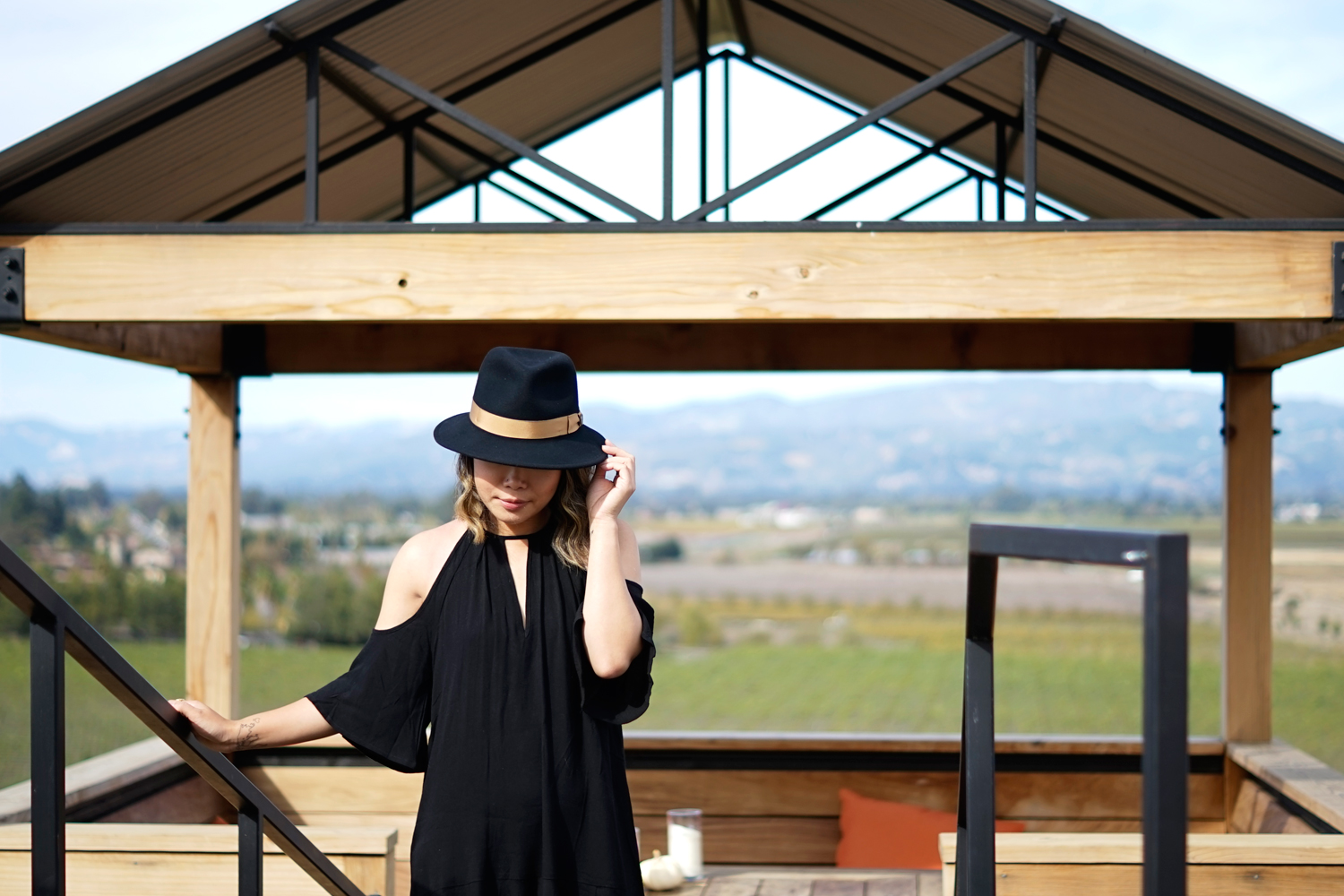 01viansa-winery-sonoma-travel-style-fashion