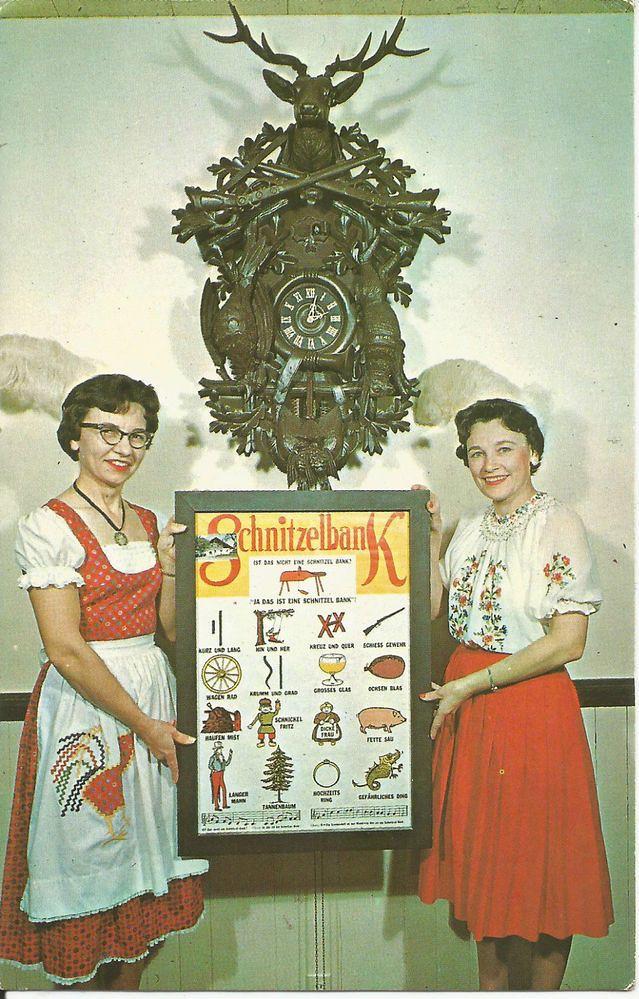schnitzelbank-frankenmuth-clock