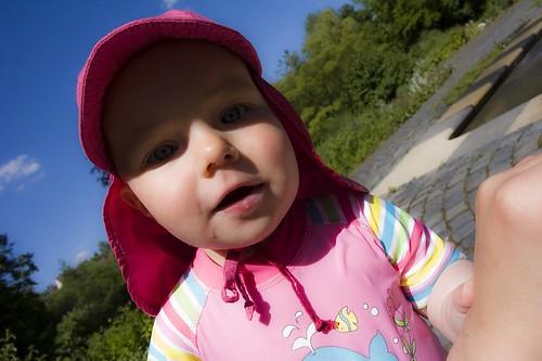 赤ちゃん 夏 屋外