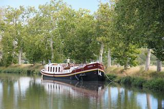 Schiff auf dem Canal du midi