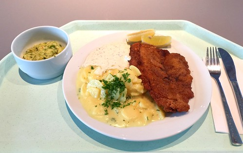 Plaice filet with potato salad & remoulade / Schollenfilet mit Kartoffelsalat & Remoulade