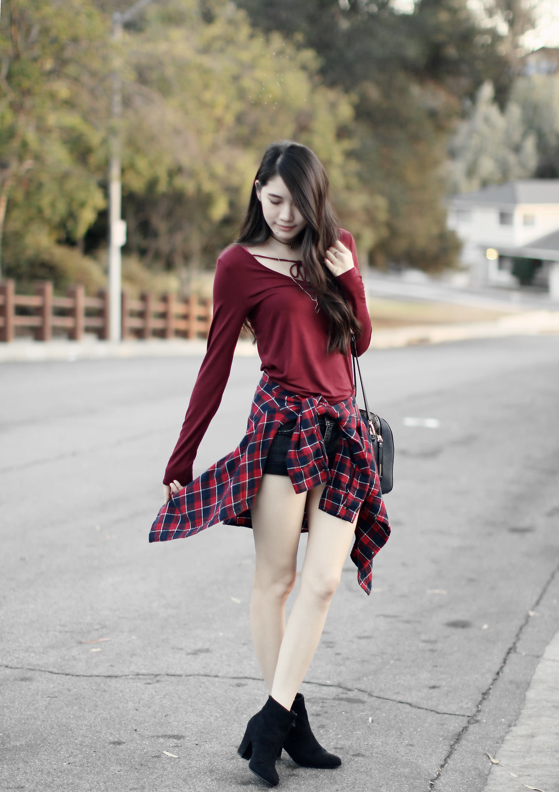 1128-fall-ootd-fashion-style-hollister-red-bowtie-autumn2016