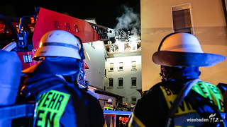 Dachstuhl-/Wohnungsbrand Biebrich 29.11.16