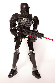 [Revue] Star Wars 75121 : Imperial Death Trooper 30155587941_2521baf0de_n
