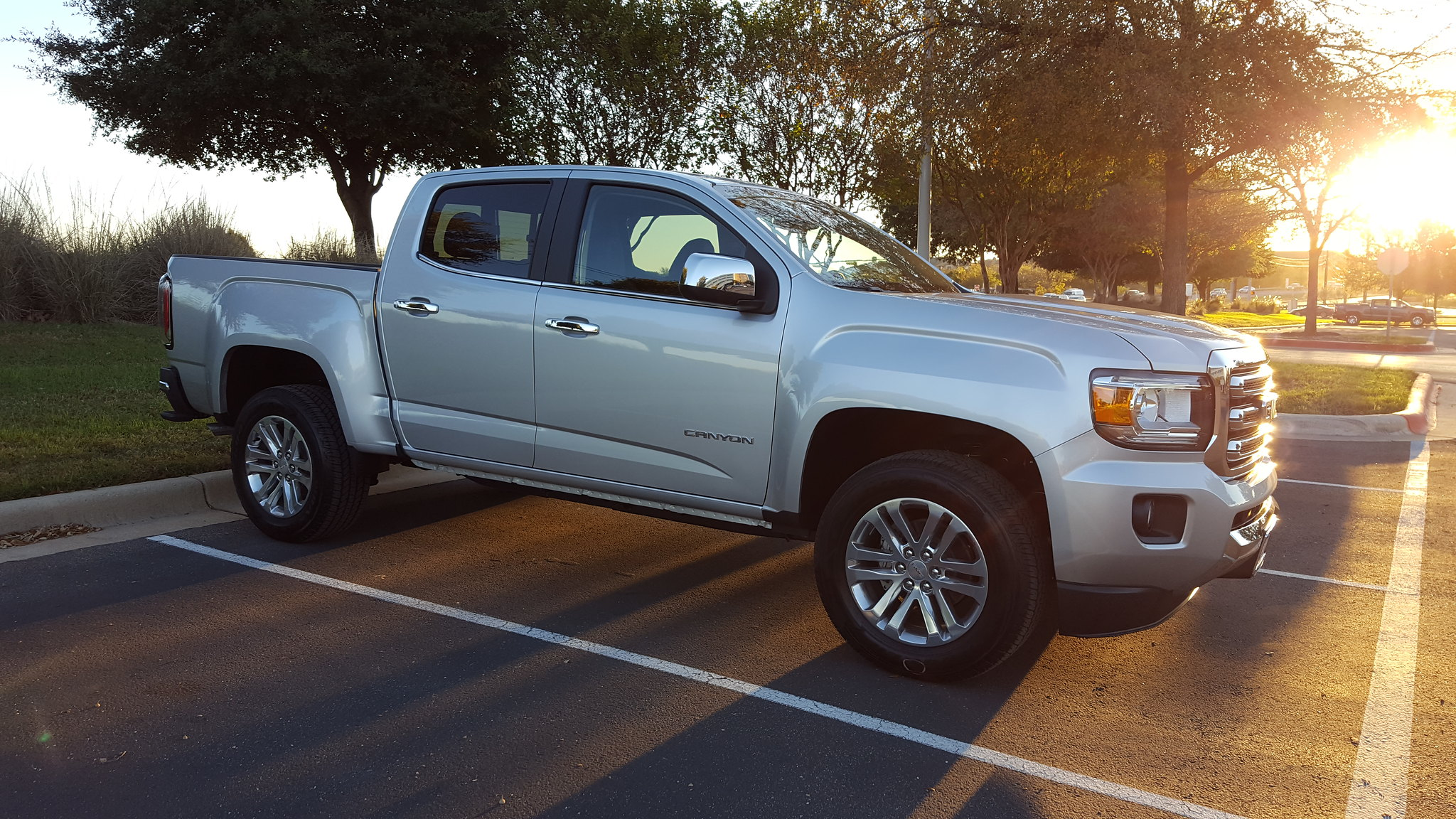 anyone ordered a 2017 page 6 chevy colorado gmc canyon. Black Bedroom Furniture Sets. Home Design Ideas
