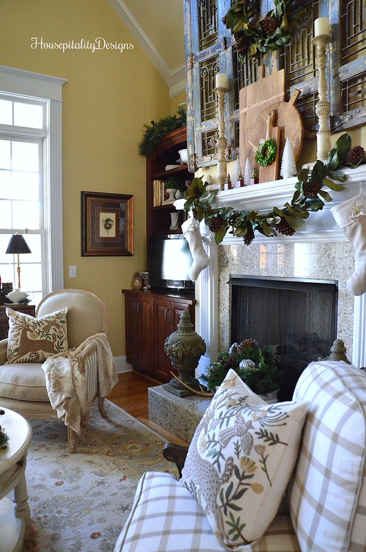 Great Room Christmas 2016 - Magnolia Wreath and Magnolia Garland - Housepitality Designs