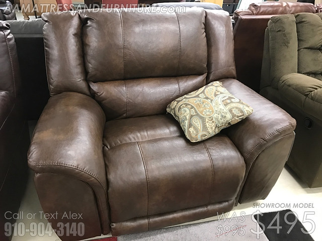 Carmine Timber Wide Seat LayFlat Recliner