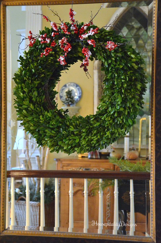 Boxwood Wreath-Mirror Reflection-Housepitality Designs