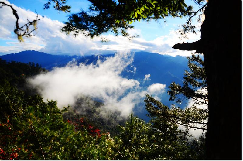 雪白山稜線山景