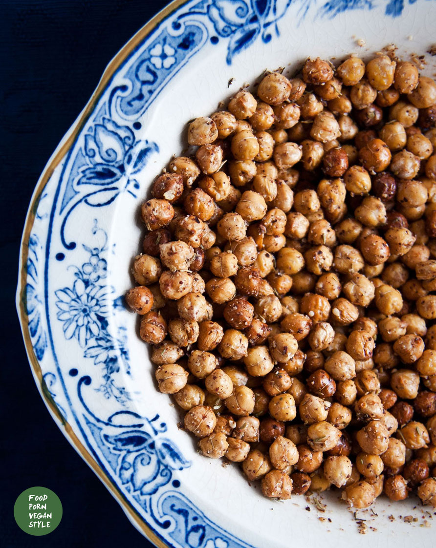 Chickpea crisps with za'atar