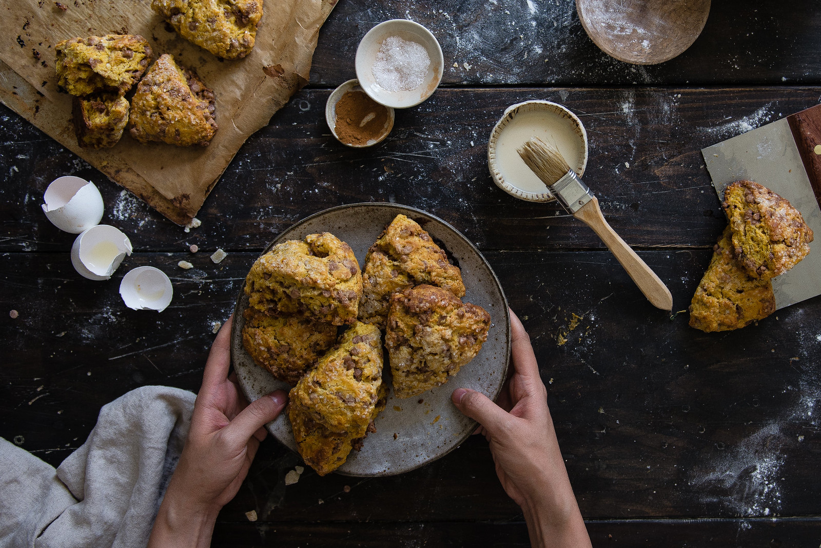 kaf harvest pumpkin scones | two red bowls