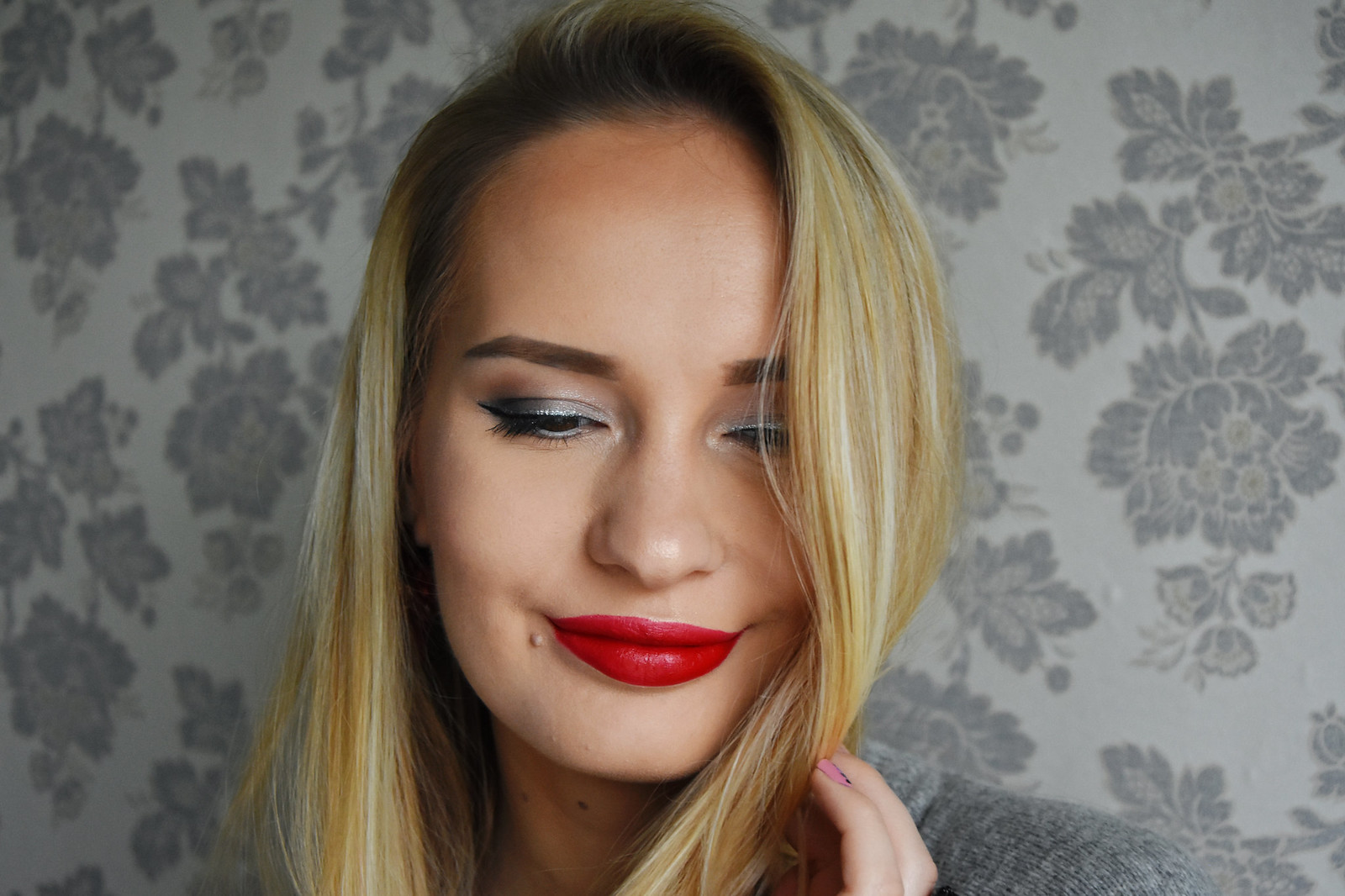 Holiday makeup look
