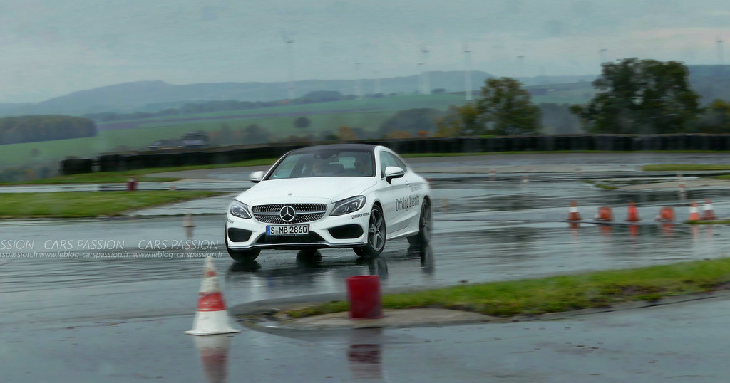 Mercedes-AMG-C63-Experience-Driving-EVENT30