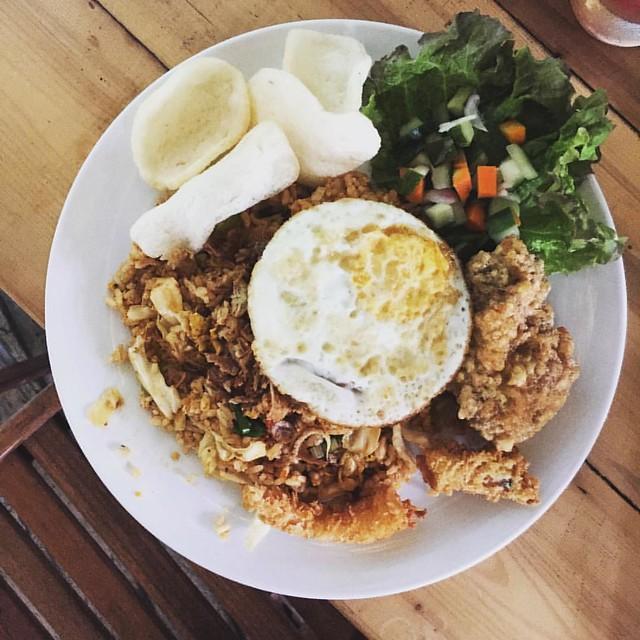 Fuel first: Nasi Goreng Kampong #artkitchen #jogjacuisine #greenhostboutiquehotel #indonesia #javacuisine