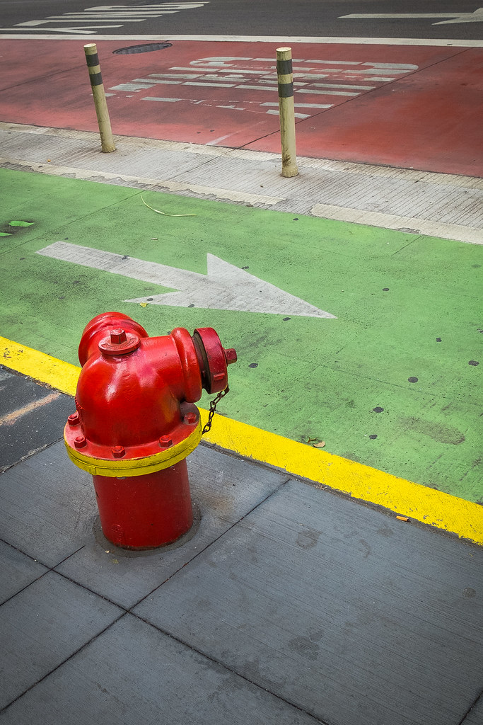 (340/366) City Strata (with Hydrant)