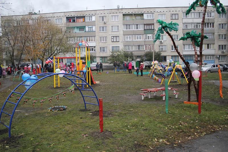 Детская площадка Цветные карандаши