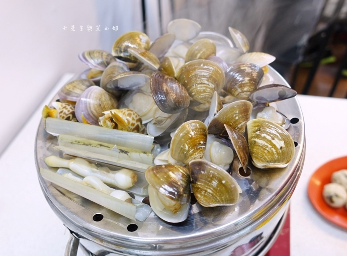 12 雙月牌沙茶爐 双月牌沙茶爐 海鮮疊疊樂蒸籠宴  新莊美食 台南熱門美食