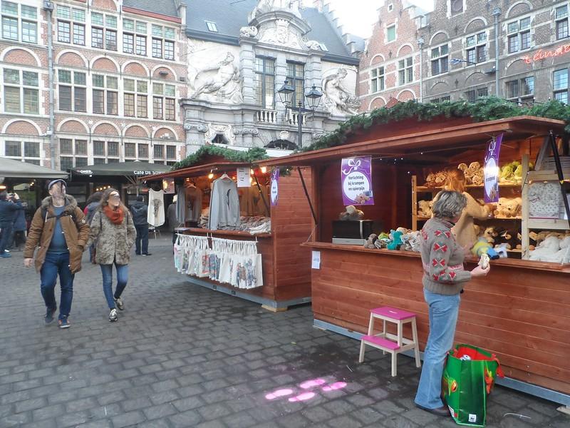 Gent, Kerstmarkt in de Kuip 2016