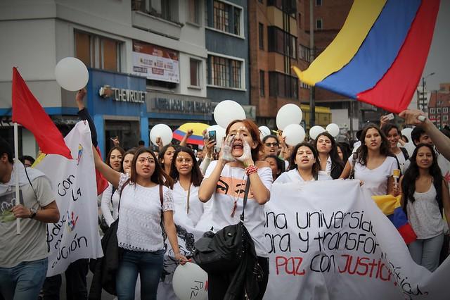 El Poli se unió a la marcha univesitaria