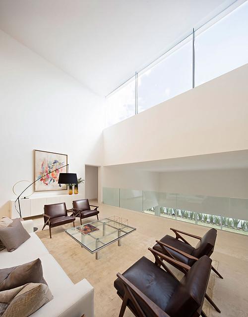 A modern Mexican residence Domus Aurea 9.2