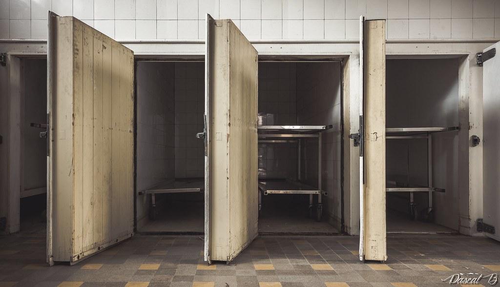 La morgue P 31933185141_2be94f05c1_b