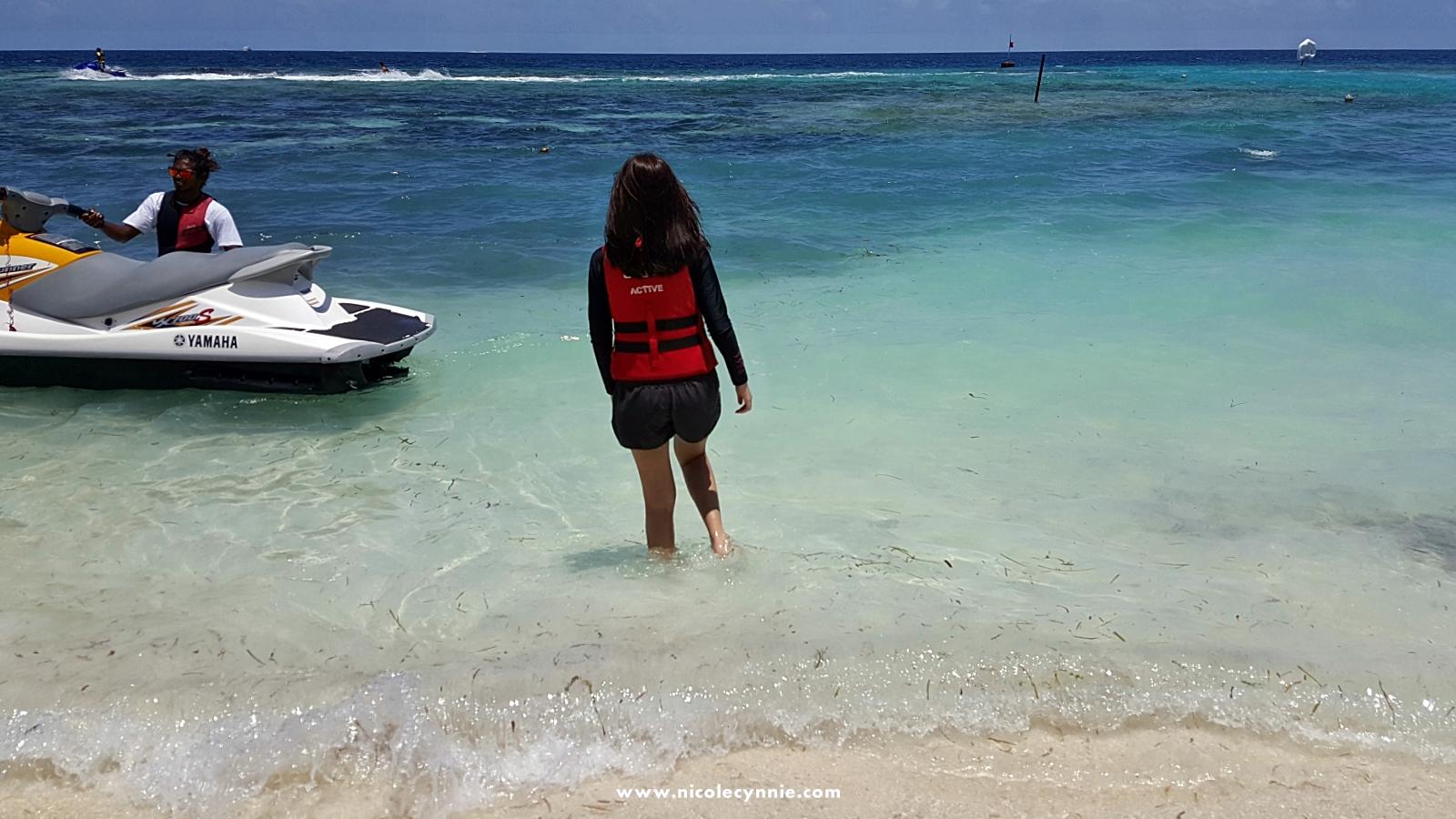 Maafushi_Knee Boarding 4
