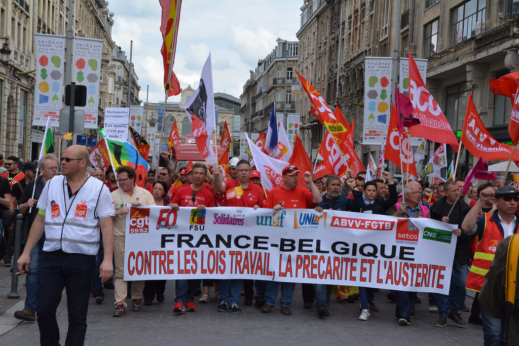 LILLE – FRANCE BELGIQUE CONTRE LES LOIS TRAVAIL LA PRÉCARITÉ ET L'AUSTÉRITÉ.