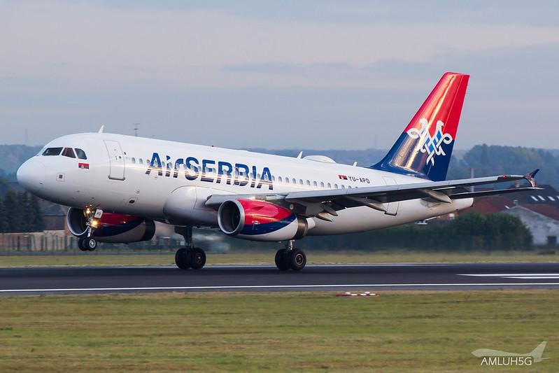 Air Serbia - A319 - YU-APD (1)